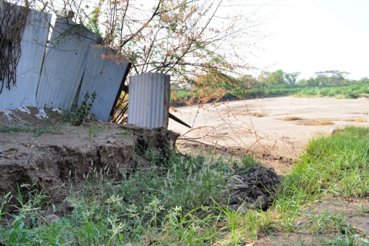 Padajúce múry pod vplyvom vody (1)
